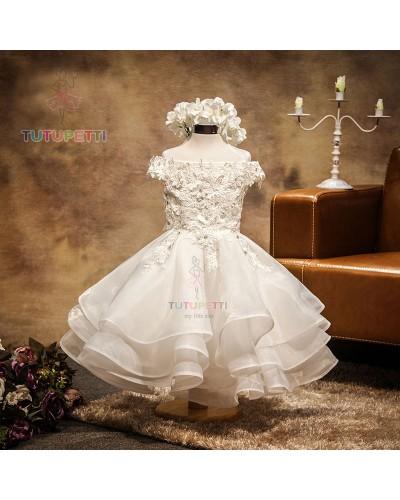 váy đầm công chúa màu trắng