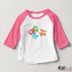Áo thun trẻ em ráp lăng tay 3/4 in chữ cái ABCD kiểu (4 màu)