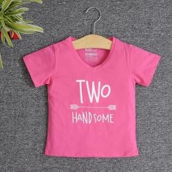 VNE7208 - Áo thun trẻ em cổ tim tay ngắn in chữ Two Handsome (Hồng sen)