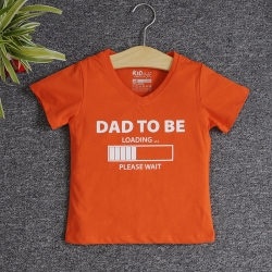 VNF7005 - Áo thun trẻ em cổ tim tay ngắn in chữ Dad To Be (Cam cà rốt)
