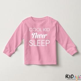 Áo thun tay dài in Cool Kid Never Sleep (4 màu)