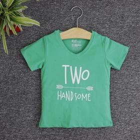 VNE7212 - Áo thun trẻ em cổ tim tay ngắn in chữ Two Handsome (Xanh lá)
