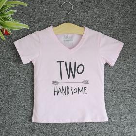 VNE7209 - Áo thun trẻ em cổ tim tay ngắn in chữ Two Handsome (Hồng phấn)