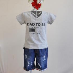 KST303 - Kidset áo thun cổ tim màu xám in chữ dad to be load và quần jean short lưng bo