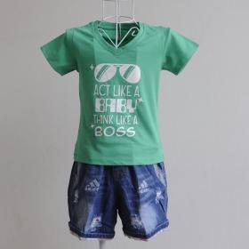KST612 - Kidset áo thun cổ tim màu xanh lá in chữ Act like a baby think like a boss và quần jean short lưng thun