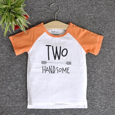 RNE7224 - Áo Raglan tay ngắn in chữ Two Handsome ( Cam cà rốt )
